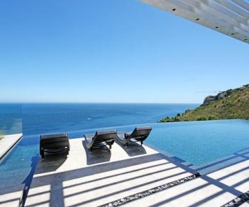 images/properties/oceanna/Oceanna-luxury-accommodation-cape-town-5.jpg